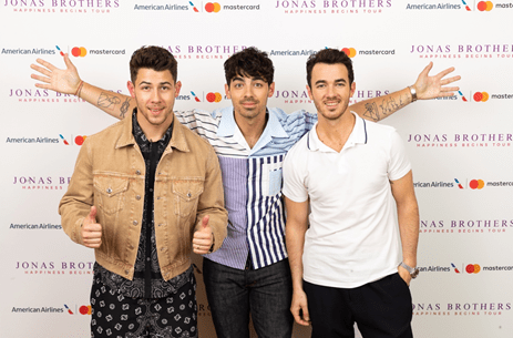 JONAS BROTHERS HAPPINESS BEGINS TOUR