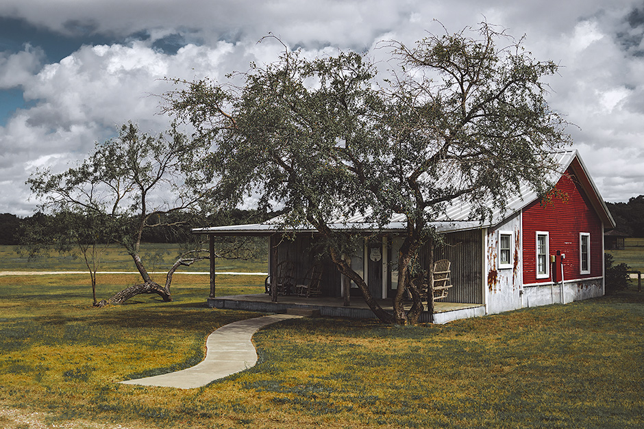 Texas_Cabin_Web