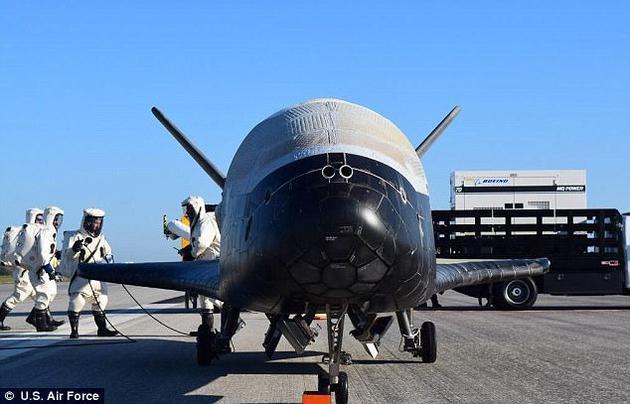 印度前总理辛格在2004承诺,11年后上海将会被人遗忘,只记得孟买