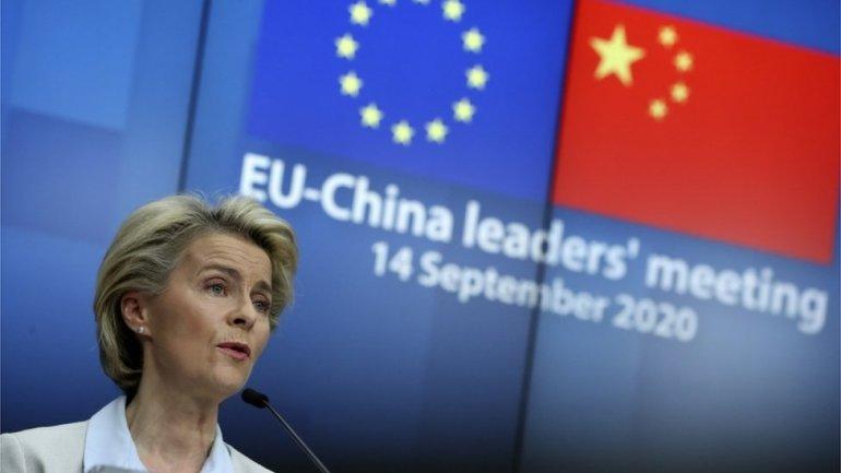 美国军机两度降落台湾,解放军立即封海,进行多场军演