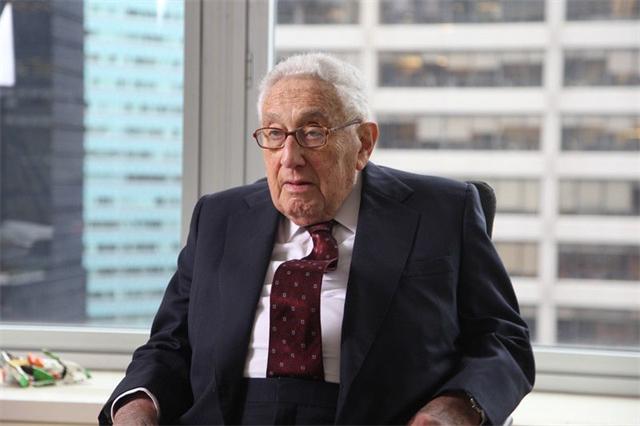 """""""跟日本福岛核污水排海一样可怕!""""美国海湾沿岸现600吨死鱼"""