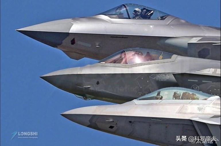 外国老两口接种中国疫苗,天天跟新冠病人挨着也没事,始终未感染