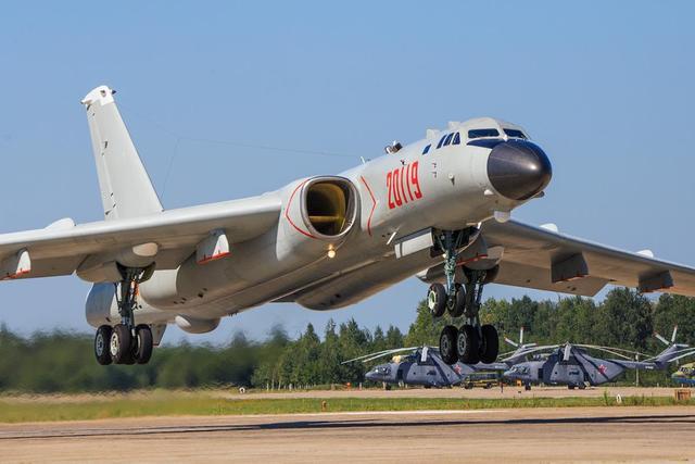 美国疫情有多严重?死亡人数相当于每天一次911,两天三次珍珠港