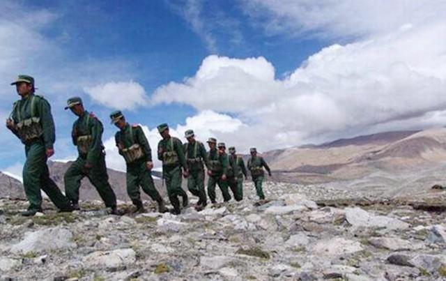 台湾军演最高潮:号称能躲过大陆的导弹!战斗机上演一个特异环节
