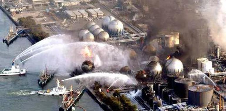 中美爆发战争,解放军能抵挡住美军的进攻吗?中国的底牌是什么?