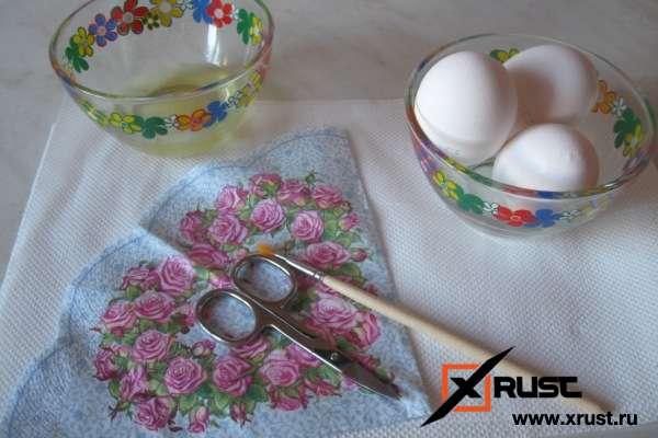 Окрашиваем яйца к Пасхе без красителя