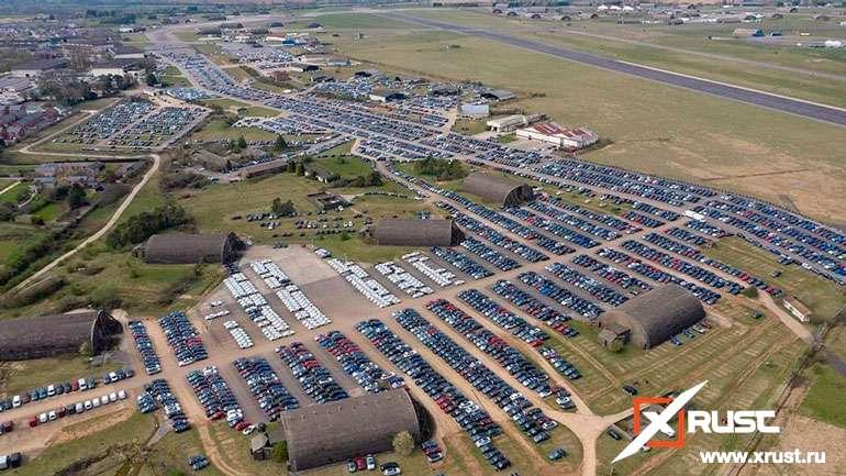 Авиабаза стала складом нераспроданных машин