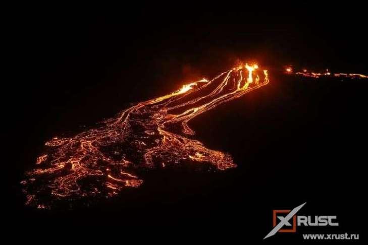 Проснулся вулкан Фаградальсфьядль