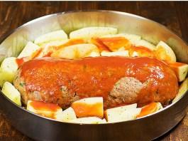 Ρολό κιμά με αυγά και πατάτες (Meat Loaf)