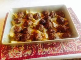 Κεφτέδες με πατάτες λεμονάτες