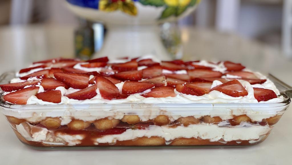 Γλυκο ψυγείου φράουλα