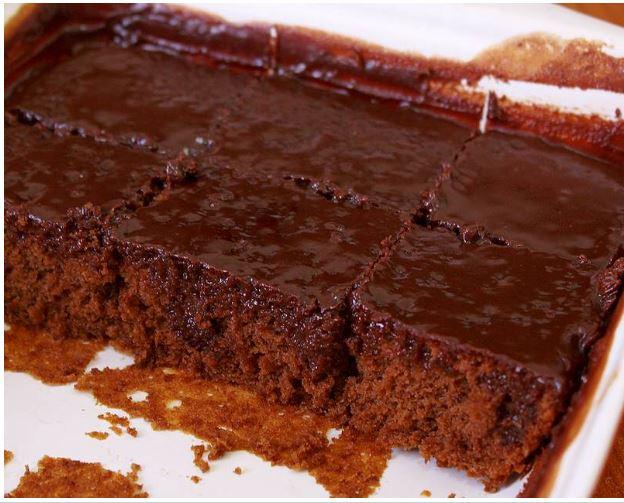 Ζουμερό κέικ σοκολάτας