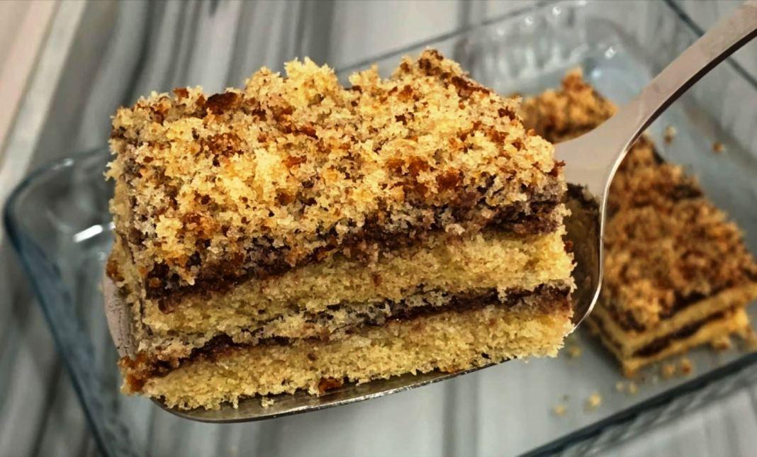 αφράτο και νόστιμο κέικ με σοκολάτα