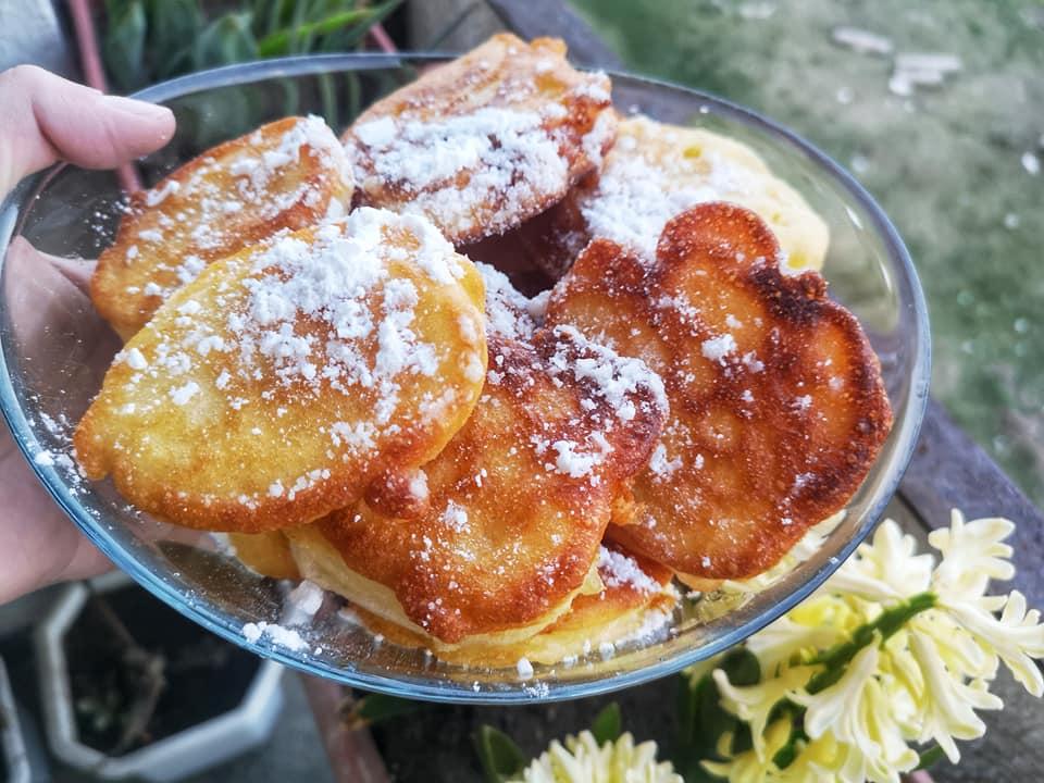 Τηγανίτες με μήλα και ρούμι