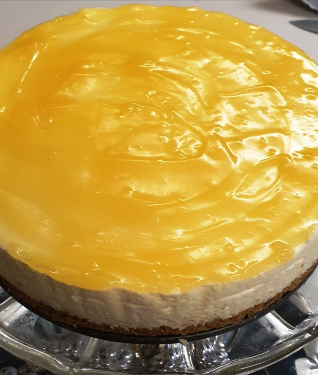 Κέικ με τυρί και κρέμα λεμόνι.