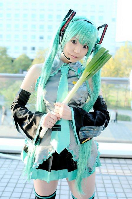 Vocaloid (Hatsune Miku) - ?