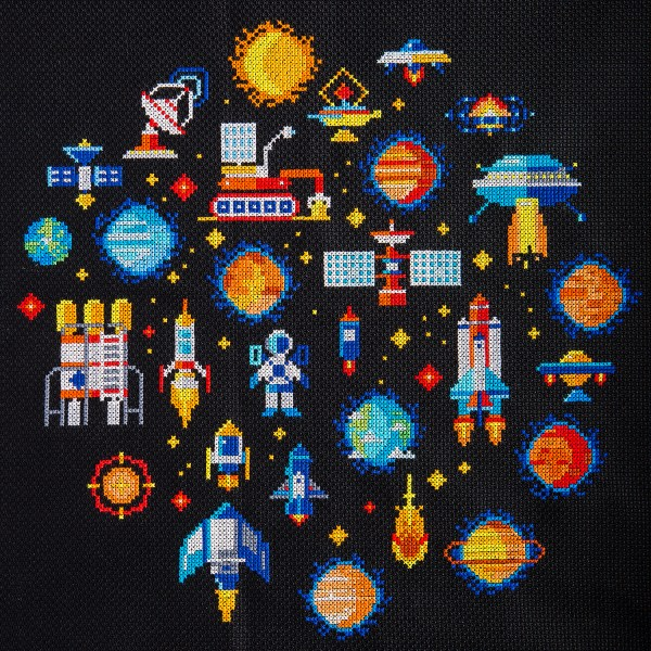 SmartCrossStitch - Space Minies