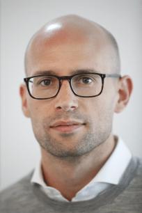 Dr. Eric Zjilstra, Executive Director, Project Development, Profil