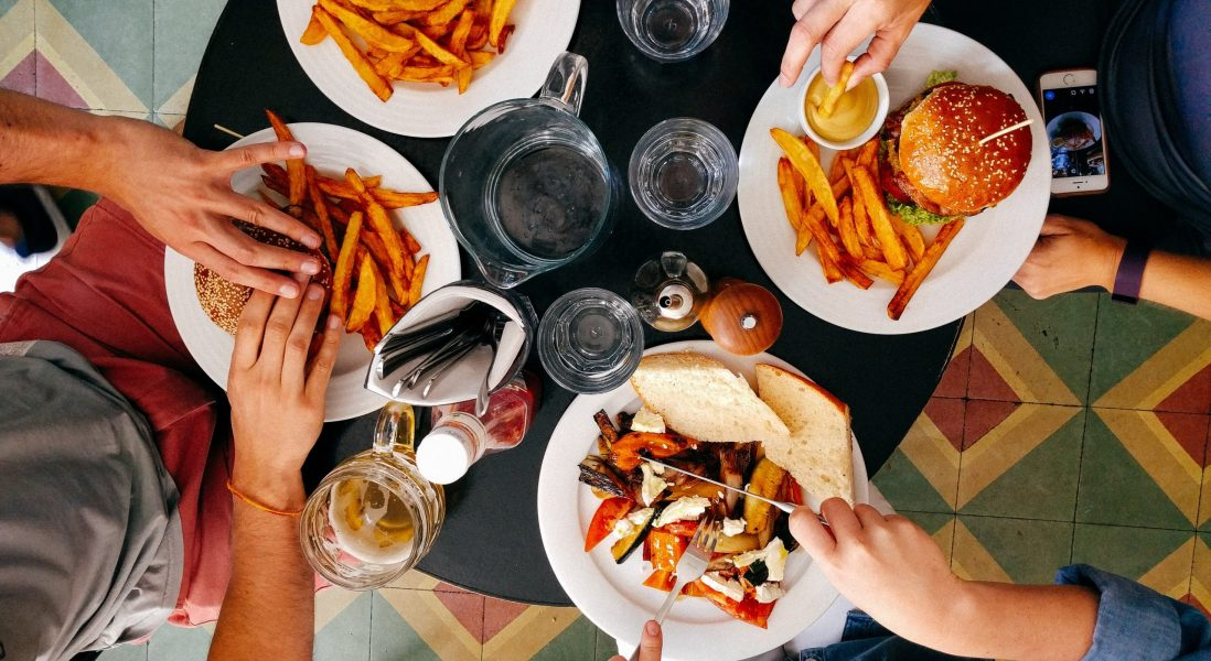 Here's What Consumers are Worried About When it Comes to Dining Out and COVID-19