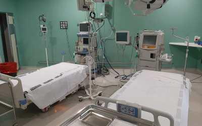 L'hospital de Xàtiva ha duplicat la seva capacitat de llits UCI i està habilitant un increment de llits generals