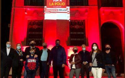 Rotary Club Xàtiva conmemora el Dia Mundial contra la Pòlio amb una projecció audiovisual en la façana de l'Ajuntament