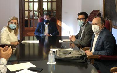 L'alcalde de Xàtiva i el DG de Transparència aborden la renovació del conveni per al servei del Prop