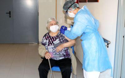 La Comunitat Valenciana administra ja la segona dosi de la vacuna contra el coronavirus