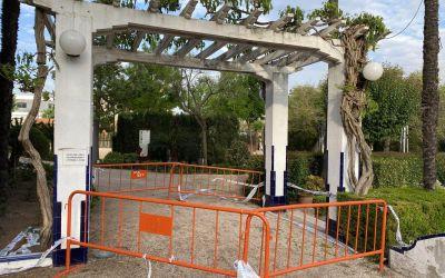 L'Ajuntament de Xàtiva repararà una pèrgola dels Jardins del Palasiet afectada per aluminosi