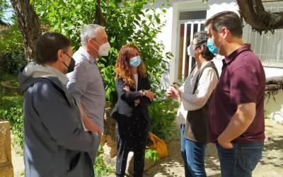 Joan Baldoví i Graciela Ferrer visiten la comarca de la Costera