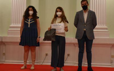 Divuit estudiants de Xàtiva aconsegueixen el Premi Extraordinari al rendiment acadèmic durant la Primària