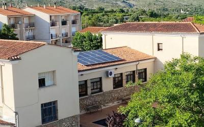 El col·legi i la Casa de Cultura de Montesa ja compten amb plaques solars