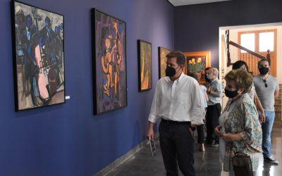 """El museu de Belles Arts de Xàtiva alberga l'exposició """"La selva misteriosa del color"""" del pintor Juan Francés"""