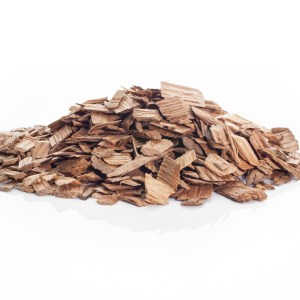 Winemaking light American oak chips