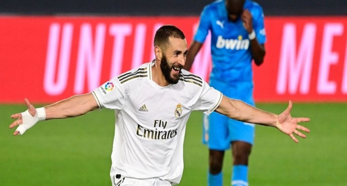 Photo of La Liga: Stunning strike from Benzema powers Real Madrid to a 3-0 win over Valencia