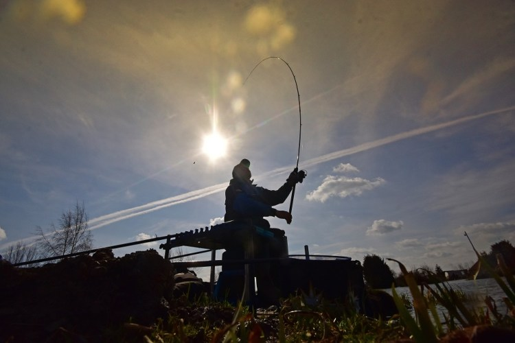 alex dockerty spring commercial match fishing tips casting