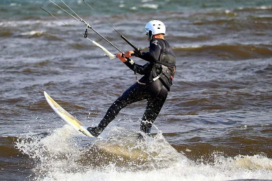 Kitesurfing Gear tips - thumb