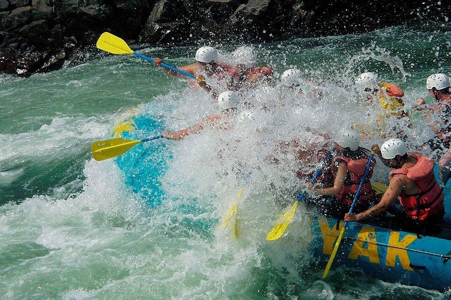 Is whitewater rafting safe - thumb