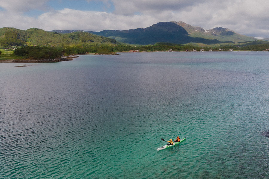 How long does it take to kayak a mile - 1