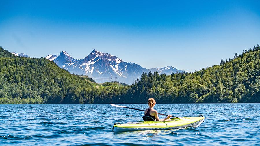 Lake kayaking near me