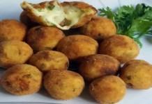 Receita de Bolinho de batata doce recheado com queijo