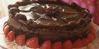 Receita de Bolo Recheado Strogonoff de Chocolate