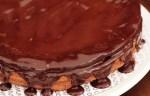 Receita de Bolo de Chocolate com Mousse e Merengue