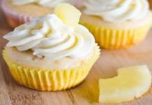 Receita de Cupcake com Recheio de abacaxi