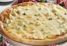 Receita de Pizza Caseira com Dois Queijos