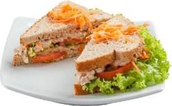 Receita de Sanduíche de frango desfiado
