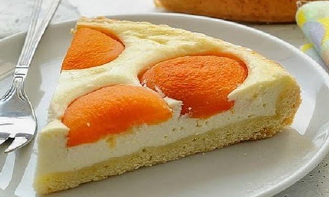 Torta de Pêssegos e Requeijão