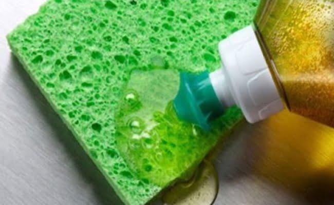 Receita de detergente Caseiro natural para lavar louça