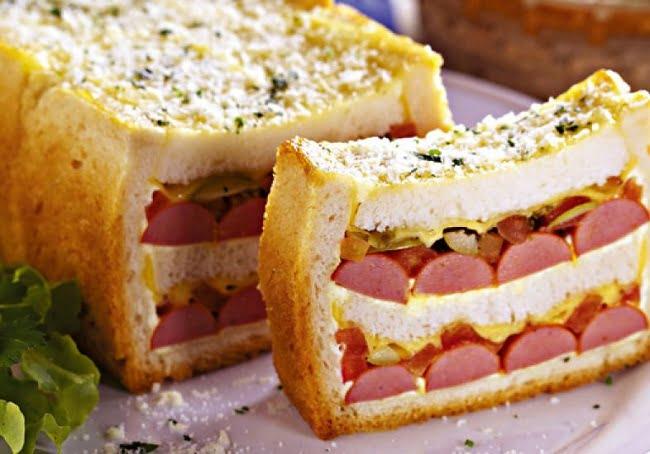 Sanduíche de Salsicha no Forno