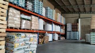 Almacén Cereais Xulián Varela: distribuición e venda de cereais e pensos para mascotas e cans de caza. Reparto a domicilio