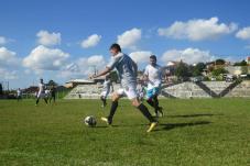 Xuxú apoiou muito e ainda fez um belo gol(Créditos - Marcos Jornal de Colombo)